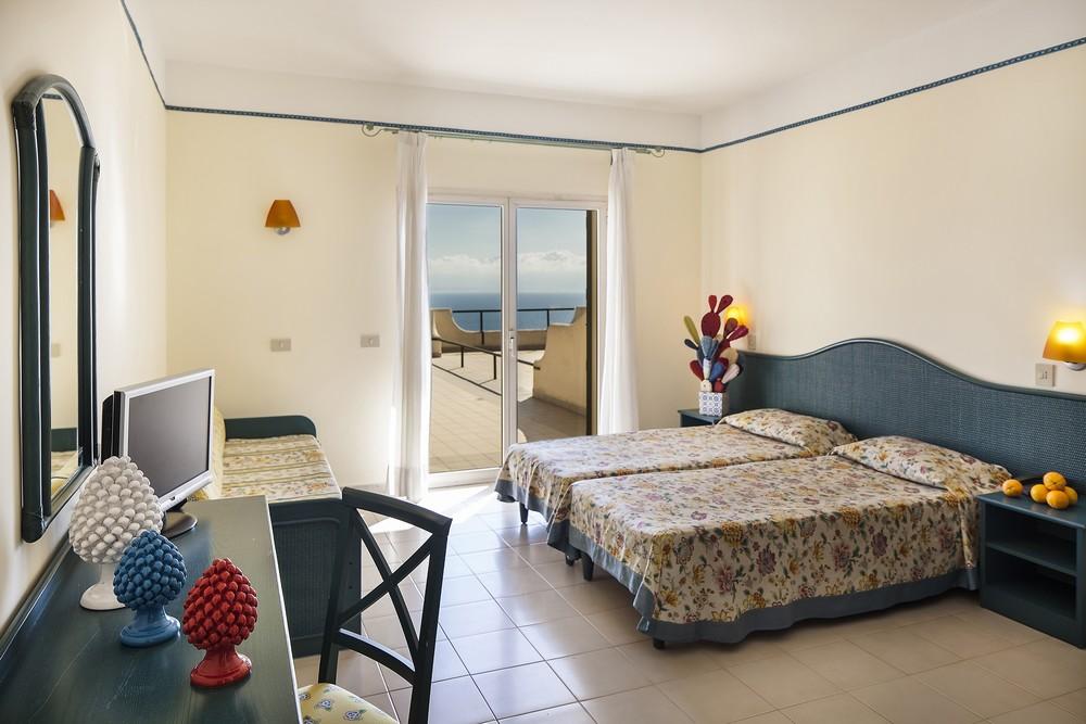 Citta del Mare Resort Village Terrasini Sicilia camere 3