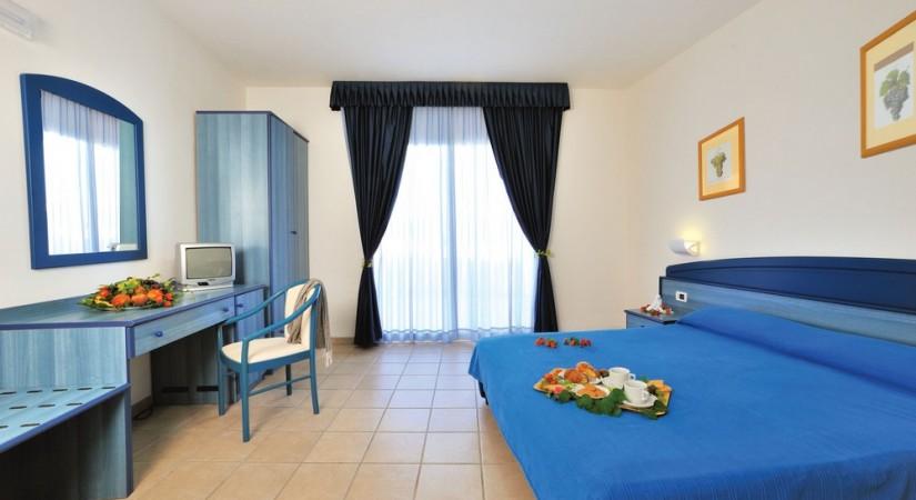 Nicotera_Beach_Village_Nicotera_Marina_Calabria_camere_3
